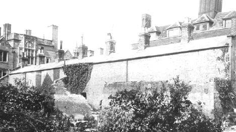 Queens' almshouses being demolished, 1911