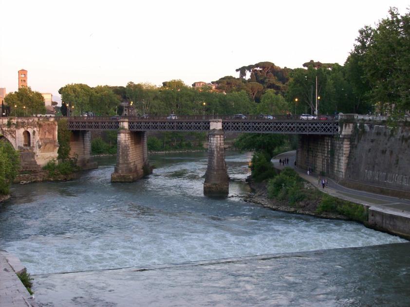 2012-05-15_Roma_ponte_Palatino_da_ponte_Cestio_2