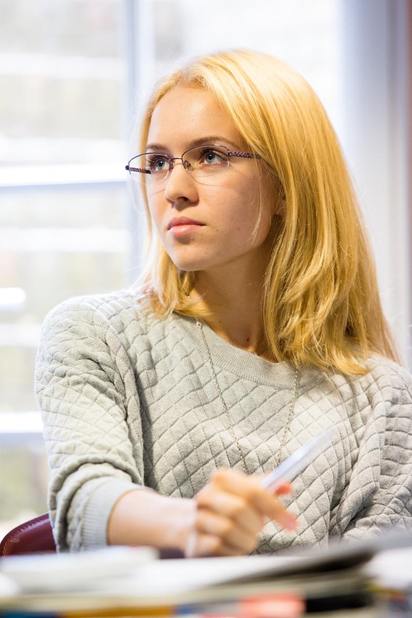 Student (2)